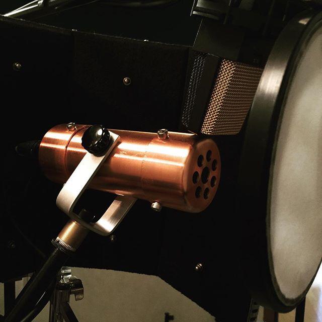 カッコイイマイク❣️録音スタジオにて使用しました。